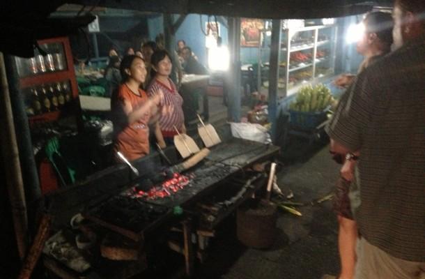 Tomaha, Sulawesi, Schnecken als Delikatesse